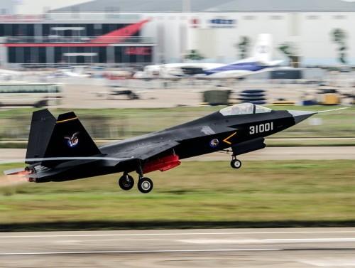 Máy bay chiến đấu J-31 tại Triển lãm hàng không Trung Quốc lần thứ 10. Ảnh: Sina