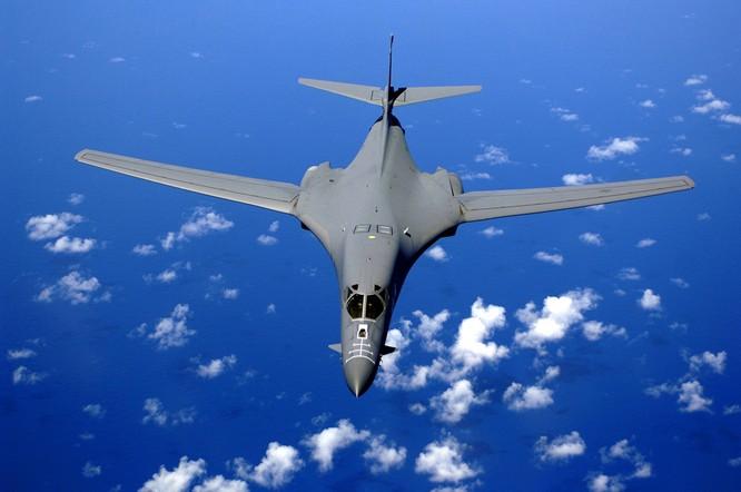 Máy bay ném bom chiến lược B-1B Mỹ. Ảnh: Đại công báo