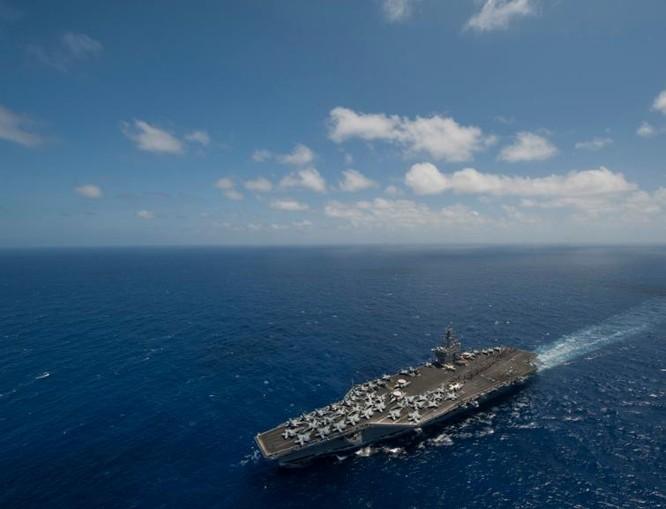 Tàu sân bay USS Carl Vinson Hải quân Mỹ đang đến khu vực Tây Thái Bình Dương và Biển Đông (ảnh tư liệu).