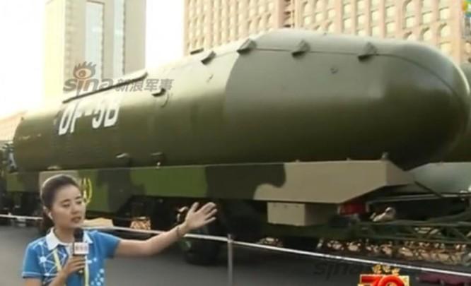 Tên lửa đạn đạo xuyên lục địa Đông Phong-5B Trung Quốc. Ảnh: Sina