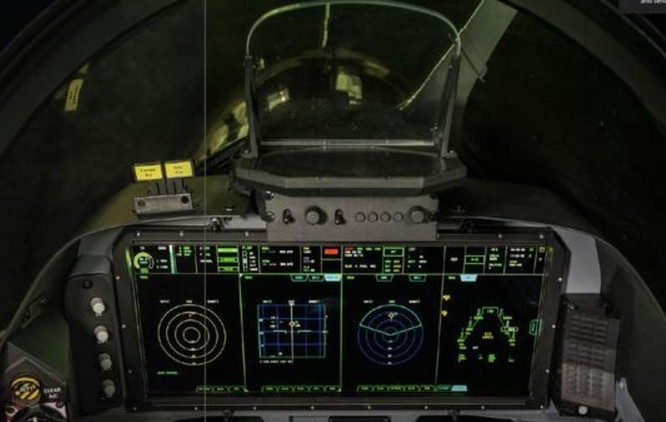 Buồng lái máy bay huấn luyện Hawk. Ảnh: Sina