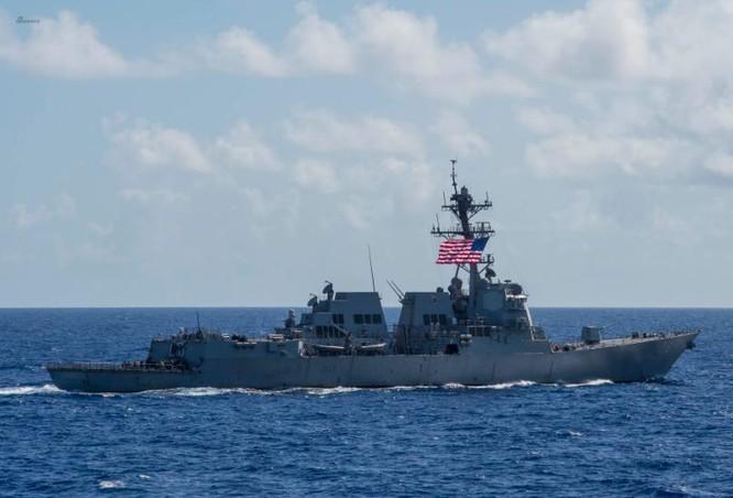 Tàu chiến Mỹ trên Biển Đông ngày 5 tháng 7 năm 2016. Ảnh: Sina