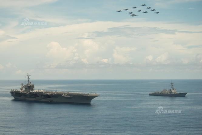 Cụm tấn công tàu sân bay USS John C. Stennis, Hải quân Mỹ trên Biển Đông ngày 17 tháng 5 năm 2016. Ảnh: Sina