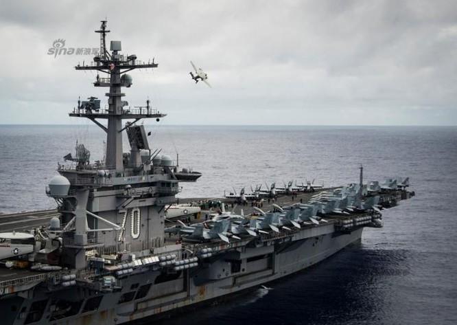 Tàu sân bay động cơ hạt nhân USS Carl Vinson. Ảnh: Sina