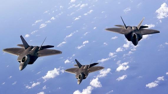 Biên đội máy bay chiến đấu tàng hình F-22 Raptor Mỹ (ảnh tư liệu)