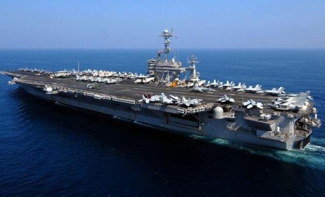 Tàu sân bay động cơ hạt nhân USS Carl Vinson. Ảnh: End Time Headlines