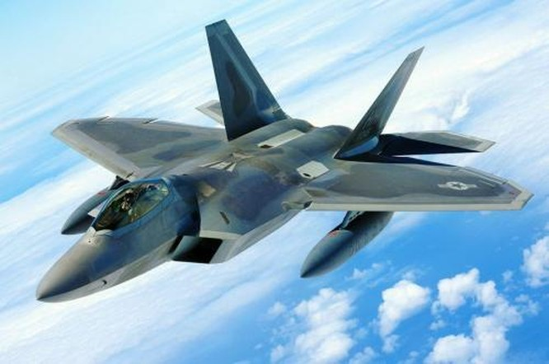 Máy bay chiến đấu tàng hình F-22 Raptor Mỹ có thể bị hệ thống phòng không S-400 tiêu diệt (ảnh tư liệu)