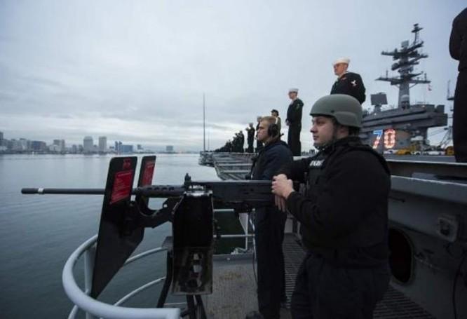 Tháng 1 năm 2017, tàu sân bay USS Carl Vinson rời cảng San Diego để đến Tây Thái Binh Dương. Ảnh: Cankao