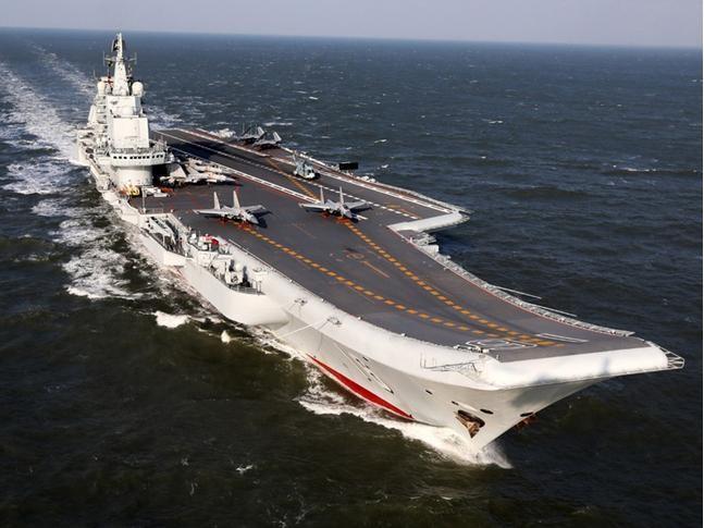 Biên đội tàu sân bay Liêu Ninh, Hải quân Trung Quốc. Ảnh: Dwnews