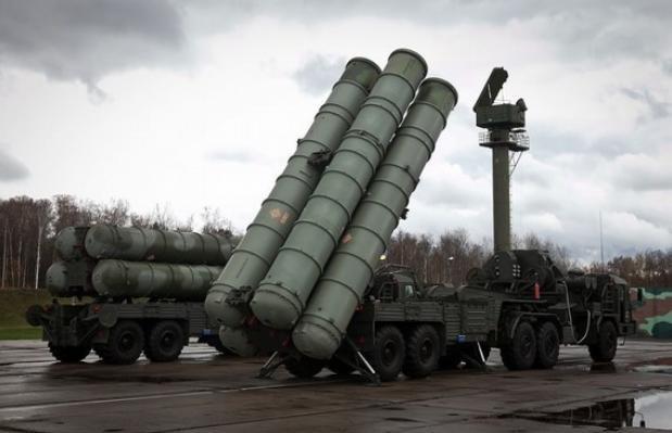 Hệ thống tên lửa đất đối không S-400 Nga (ảnh tư liệu)