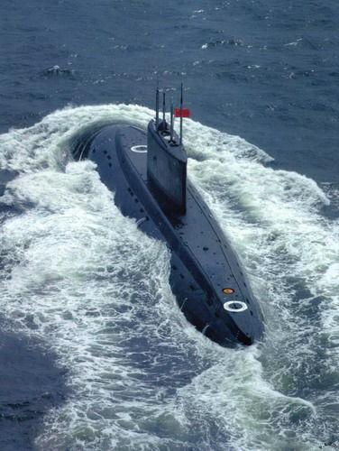 Tàu ngầm thông thường lớp Kilo Hải quân Trung Quốc (ảnh tư liệu)