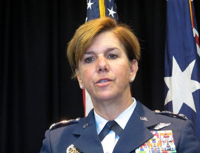 Thượng tướng Lori Jean Robinson, Tư lệnh Không quân Thái Bình Dương, Mỹ. Ảnh: Washington Times
