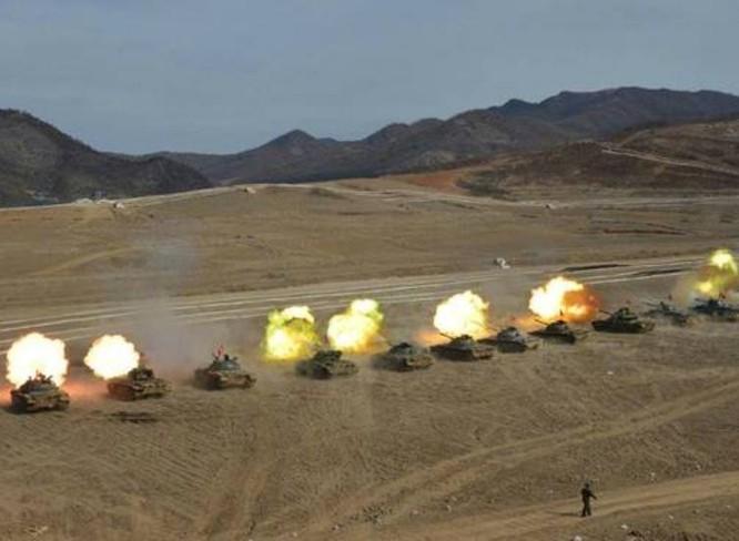 Lực lượng thiết giáp Triều Tiên trong hội thi, hội thao. Ảnh: Military.china.com
