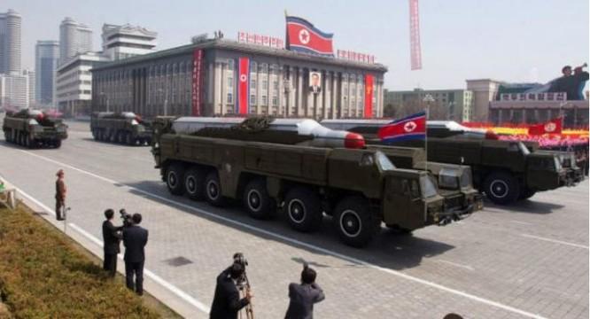 Khối tên lửa chiến thuật tham gia lễ duyệt binh của Triều Tiên (ảnh tư liệu)