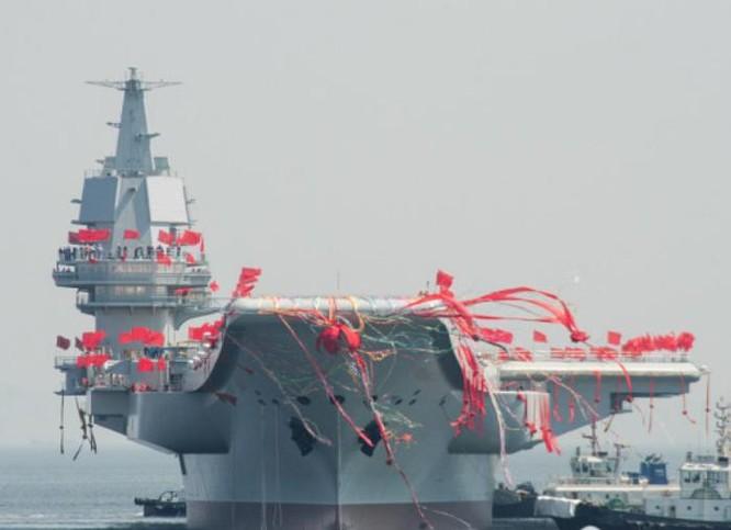 Ngày 26/4/2017, tàu sân bay tự chế đầu tiên Type 001A Trung Quốc hạ thủy. Ảnh: bachchina.com