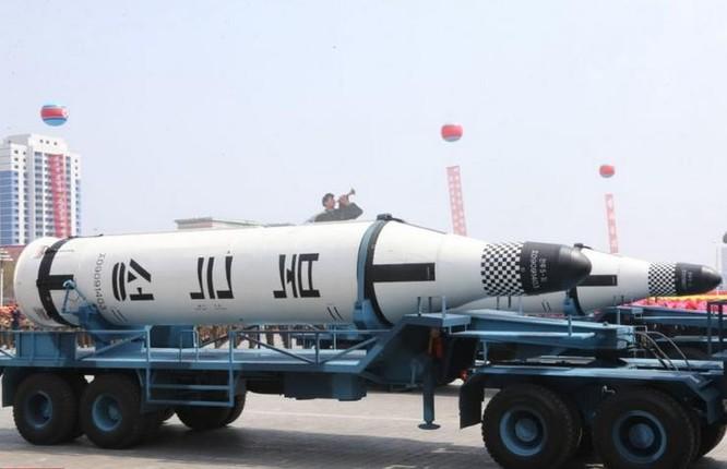 Tên lửa đạn đạo Pukguksong-1 Triều Tiên. Ảnh: Cankao