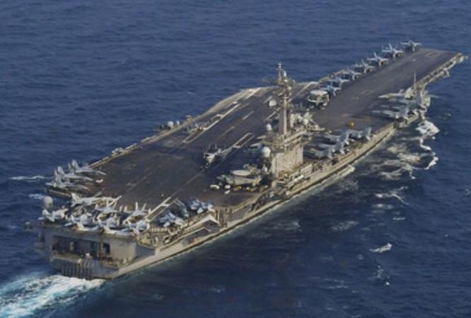 Tàu sân bay USS Carl Vinson, Hải quân Mỹ. Ảnh: RT