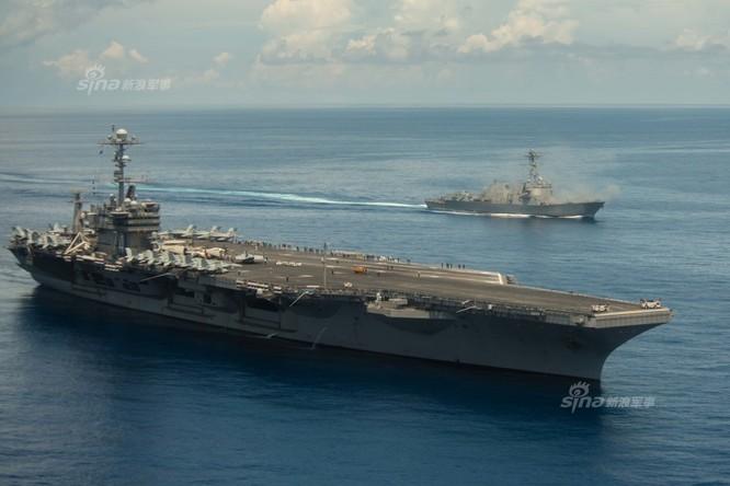 Cụm tấn công tàu sân bay USS John C. Stennis Hải quân Mỹ trên Biển Đông ngày 17/5/2016. Ảnh: Sina
