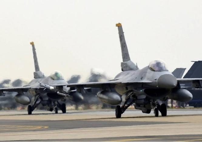 Mỹ và Hàn Quốc tiến hành diễn tập không chiến trên bán đảo Triều Tiên. Ảnh: Sina