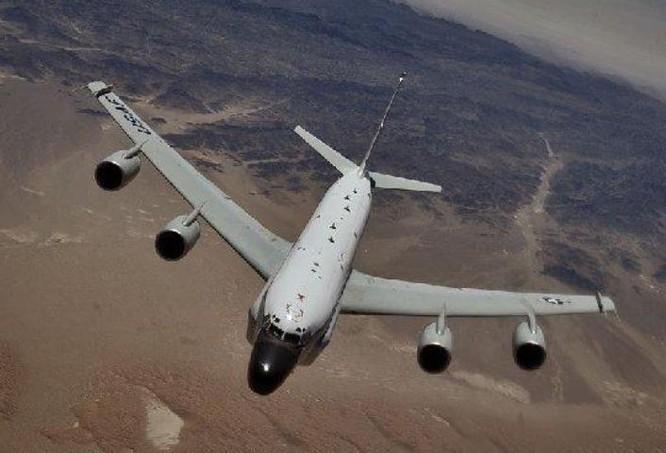 Máy bay trinh sát hạt nhân WC-135 Constant Phoenix Mỹ. Ảnh: Sohu