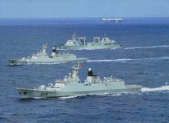 Biên đội tàu chiến Trung Quốc tiến hành hộ tống ở vịnh Aden.