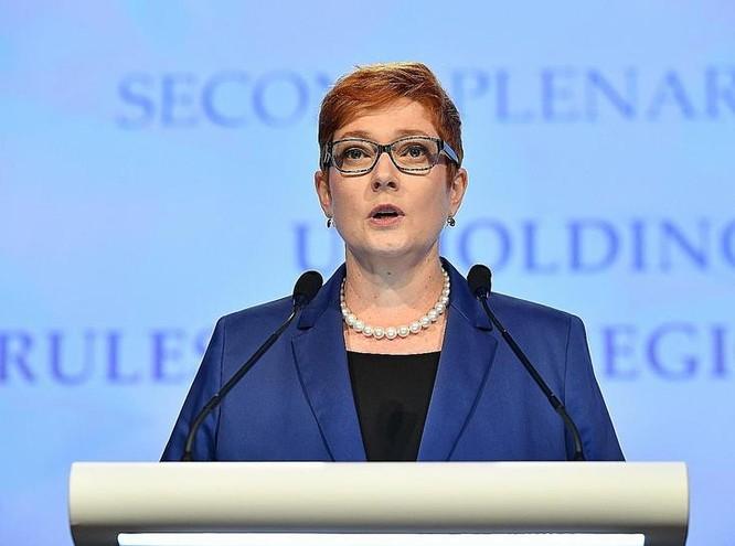 Bộ trưởng Quốc phòng Australia Marise Payne tại Đối thoại Shangri-La 2017. Ảnh: The Straits Times