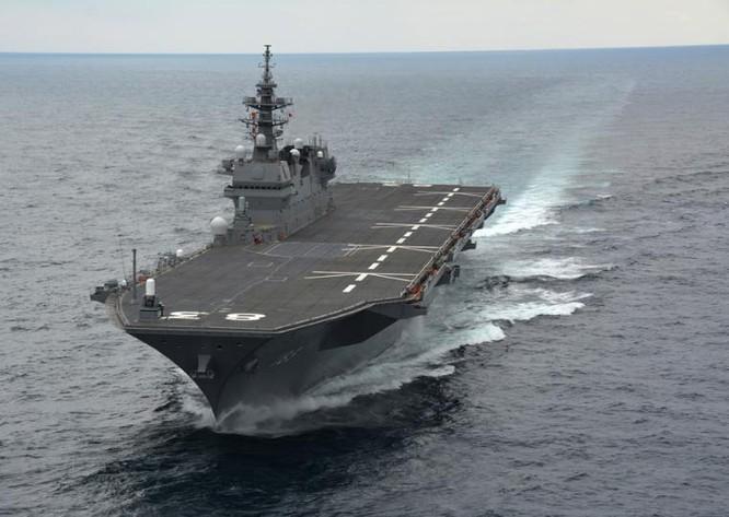 Tàu sân bay trực thăng Izumo Nhật Bản gần đây tích cực hiện diện ở Biển Đông. Ảnh: Sina