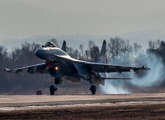 Nga đã xuất khẩu máy bay chiến đấu Su-35 cho Trung Quốc. Ảnh: Huanqiu
