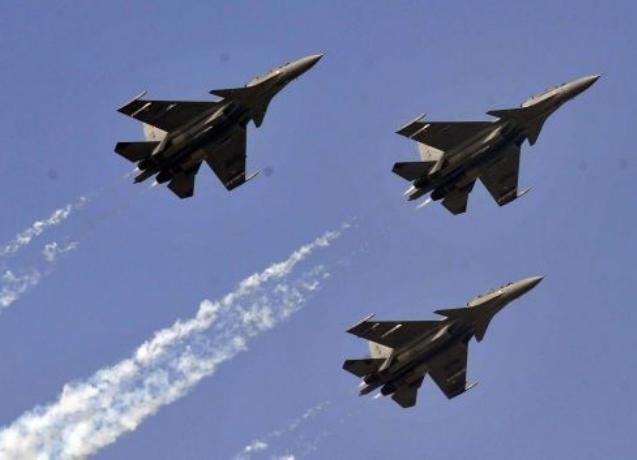 Biên đội máy bay chiến đấu Su-30 của Không quân Ấn Độ. Ảnh: Cankao