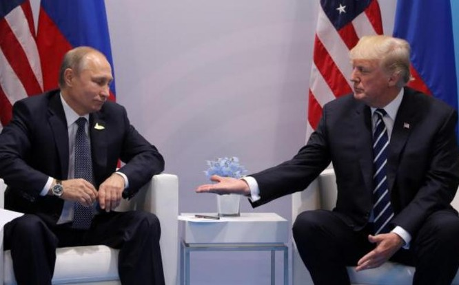 Tổng thống Nga Vladimir Putin và Tổng thống Mỹ Donald Trump. Ảnh: The Independent