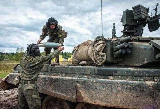 Xe tăng chiến đấu T-90 do Nga chế tạo. Ảnh: Ifeng