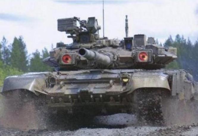 Xe tăng chiến đấu T-90 do Nga chế tạo. Ảnh: Sohu.