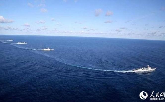 Hải quân Trung Quốc tiến hành tập trận chung Liên hợp trên biển - 2017 giai đoạn 2. Ảnh: People.