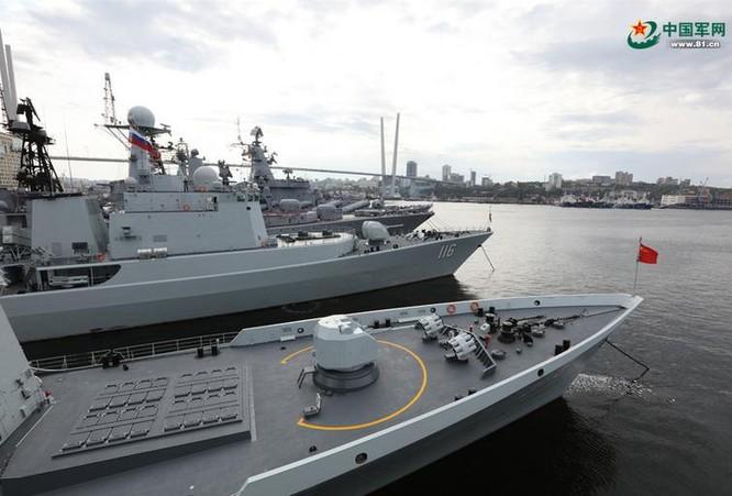Hải quân Trung Quốc tiến hành tập trận chung Liên hợp trên biển - 2017 giai đoạn 2. Ảnh: 81.cn