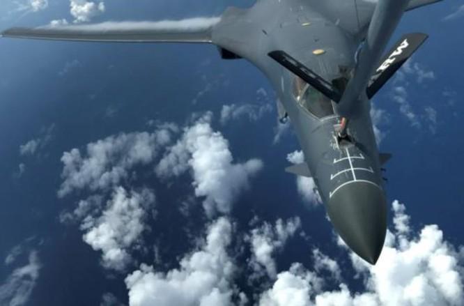 Máy bay ném bom chiến lược B-1B Mỹ. Ảnh: VOA.