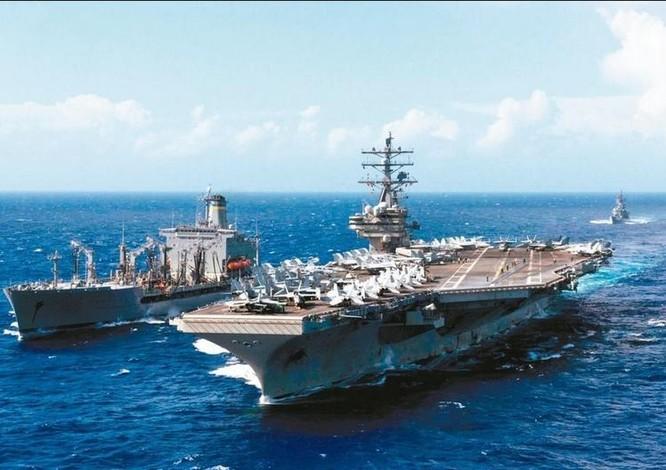 Tàu sân bay động cơ hạt nhân USS Ronald Reagan. Ảnh: UDN.