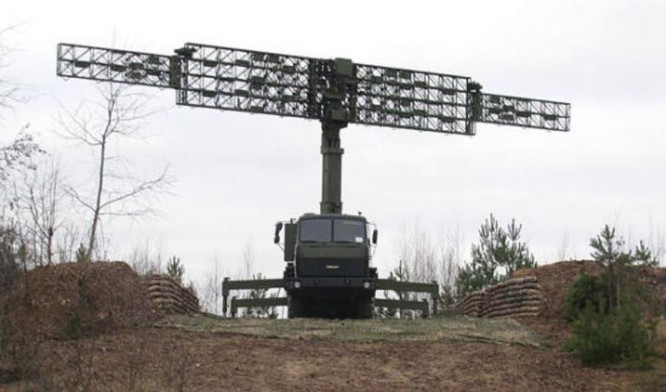 Radar Vostok-E Việt Nam mua của Belarus. Ảnh: Sina.