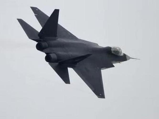 Máy bay chiến đấu J-31 Trung Quốc. Ảnh: Sina.