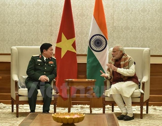 Bộ trưởng Quốc phòng Đại tướng Ngô Xuân Lịch thăm Ấn Độ từ ngày 4 - 7/12/2016.