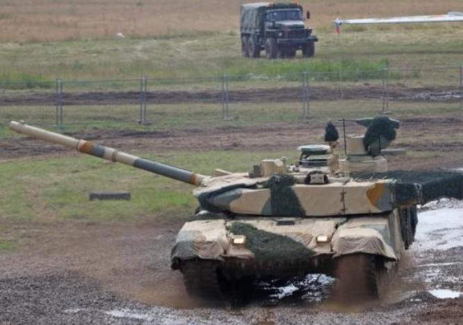Xe tăng chiến đấu T-90SM Ấn Độ mua của Nga. Ảnh: Guancha.