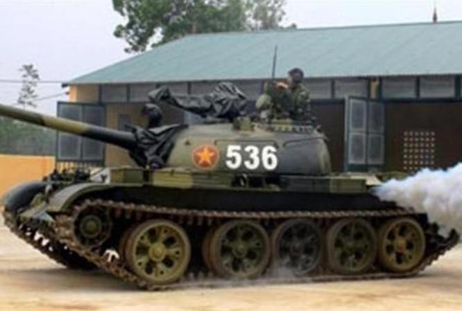 Xe tăng hạng nhẹ Type 62 của lục quân Việt Nam. Ảnh: Sina.
