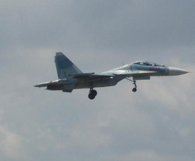 Máy bay chiến đấu Su-30 của không quân Việt Nam. Ảnh: Huanqiu