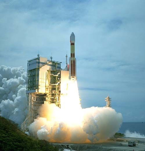 Tên lửa đẩy H-2 Nhật Bản.