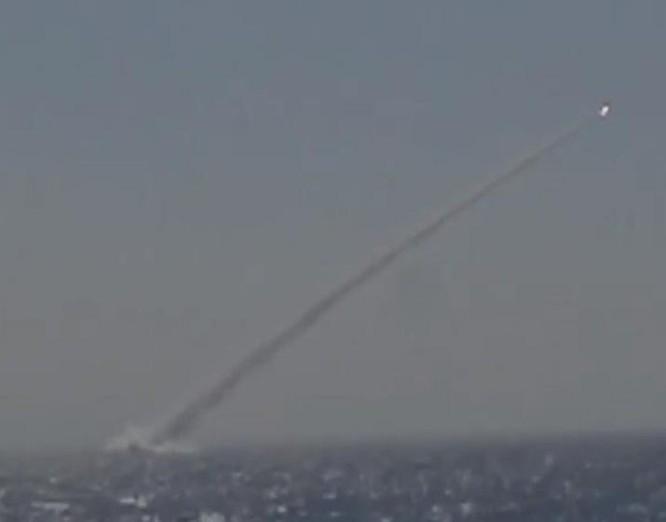 Tàu ngầm hải quân Việt Nam gần đây đã bắn thử tên lửa chống hạm 3M-54E.