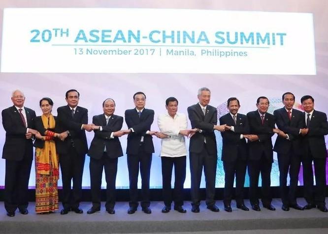 Hội nghị Cấp cao ASEAN - Trung Quốc lần thứ 20 ngày 13/11/2017. Ảnh: Sohu.