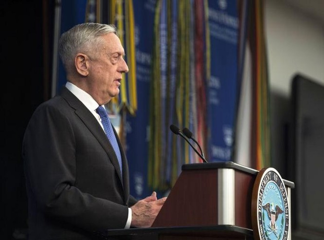Ngày 19/1/2018, Bộ trưởng Quốc phòng Mỹ James Mattis công bố chiến lược quốc phòng mới. Ảnh: VOA.