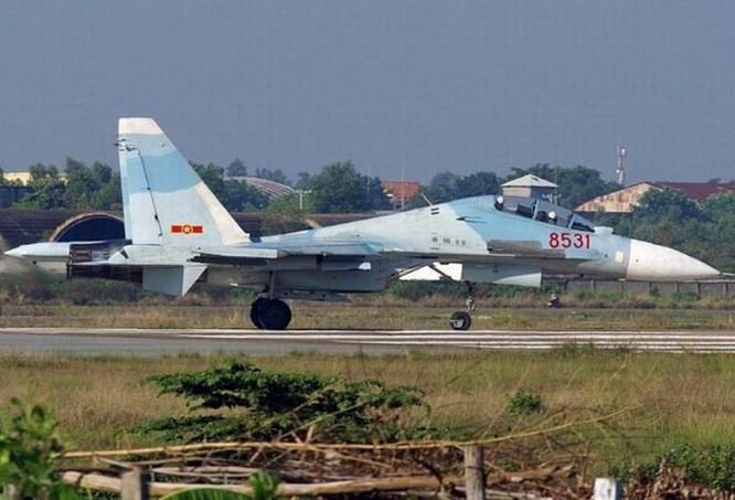 Máy bay chiến đấu đa dụng Su-30MK2V của không quân Việt Nam. Ảnh: Qianlong.