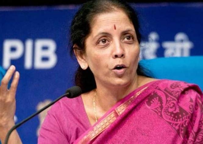 Bộ trưởng Quốc phòng Ấn Độ bà Nirmala Sitharaman. Ảnh: The Financial Express.