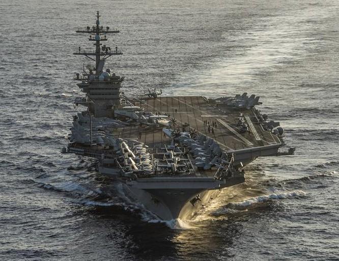 Tàu sân bay động cơ hạt nhân USS Carl Vinson, hải quân Mỹ. Ảnh: Defense News.