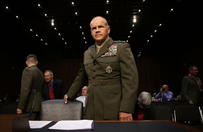Tư lệnh thủy quân lục chiến Mỹ, thượng tướng Robert Neller.
